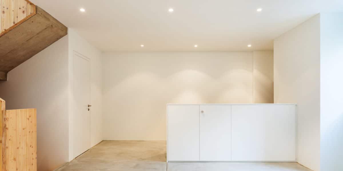 Verlaagd plafond spanplafond of gyproc plafond vergelijking